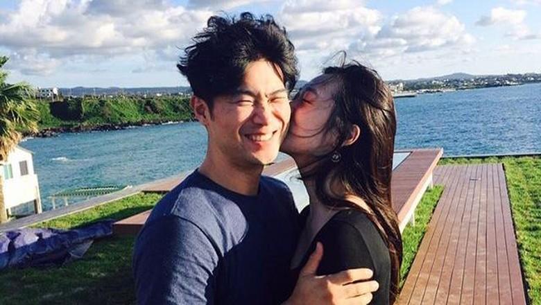 Pasca Putus dari Choiza, Sulli Posting Foto Ceria di Instagram