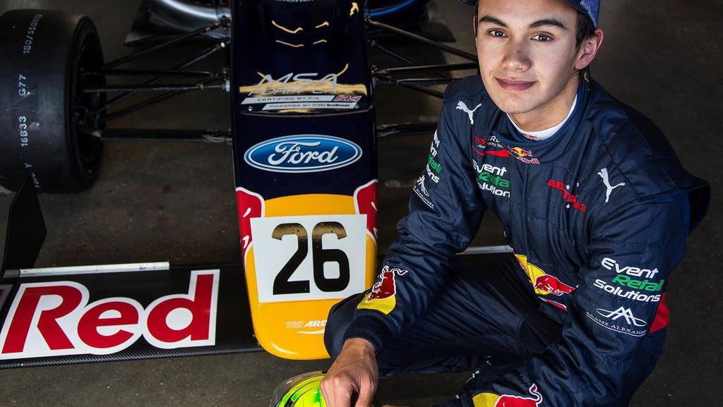 Ada Bendera Indonesia di Mobil Pembalap Formula 4 Australia