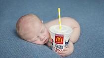 Gemas! Foto Bayi yang Jadi Model Restoran McDonalds