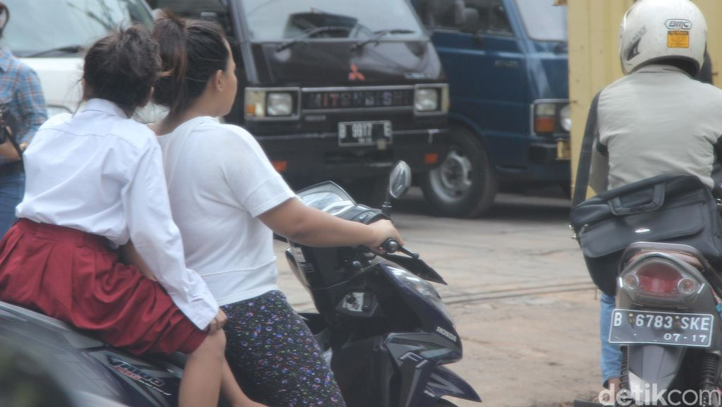 Boncengi Anak Naik Motor Sebenarnya Bisa Kena Tilang