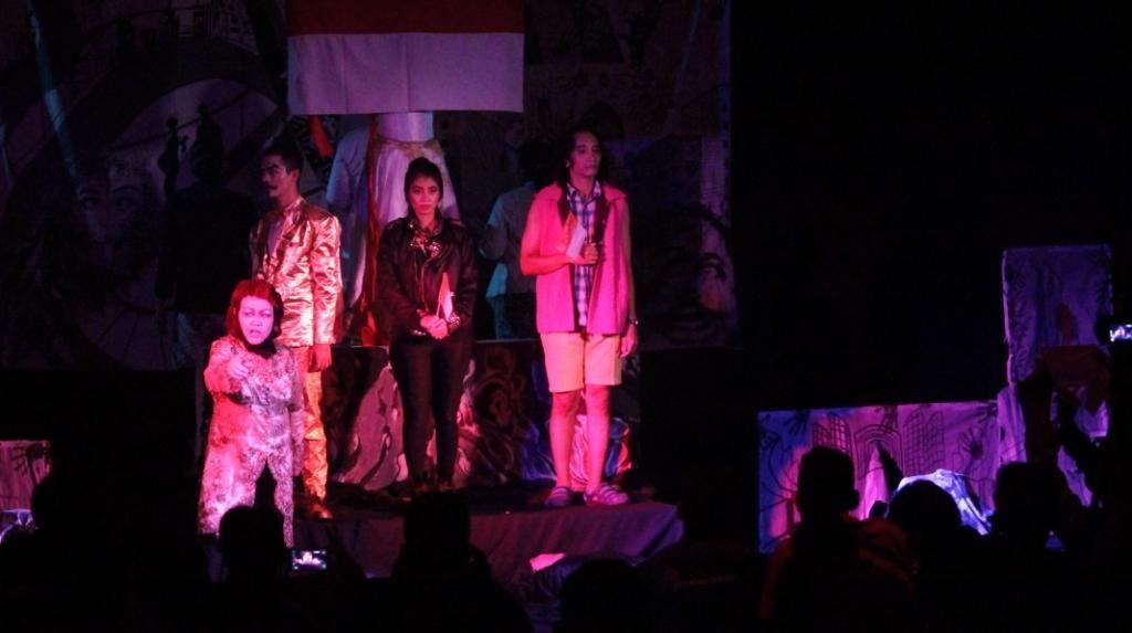 Teater Keliling Pentaskan Jas Merah dari Pulau Jawa di 8 Kota
