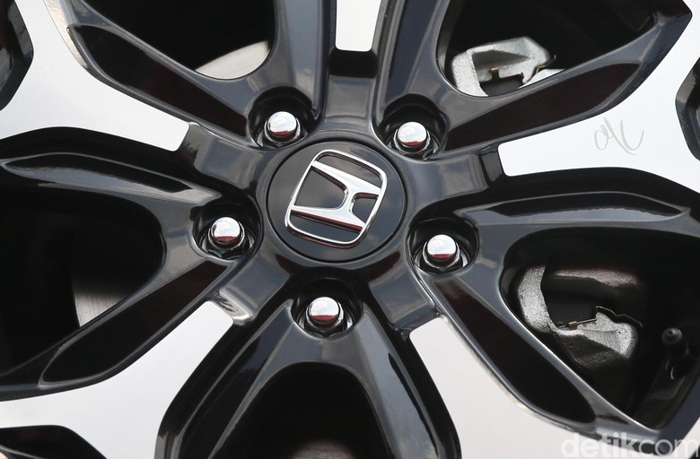 Honda dan Hitachi Lahirkan Perusahaan Mobil Listrik