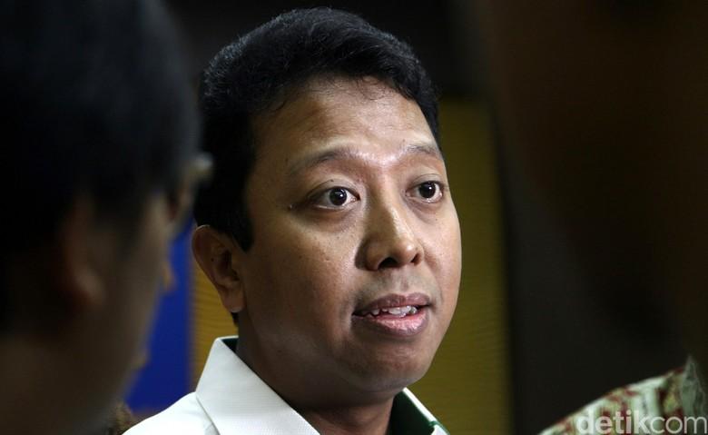 Ketum PPP Minta Malaysia Gali Soal Insiden Bendera Terbalik