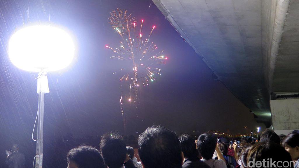 Pesta Penutupan Okinawa International Film Festival 2016