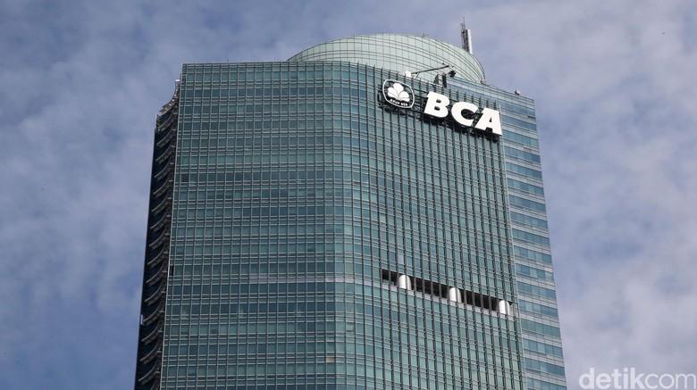 BCA: Paling Lambat Besok Seluruh ATM Sudah Online