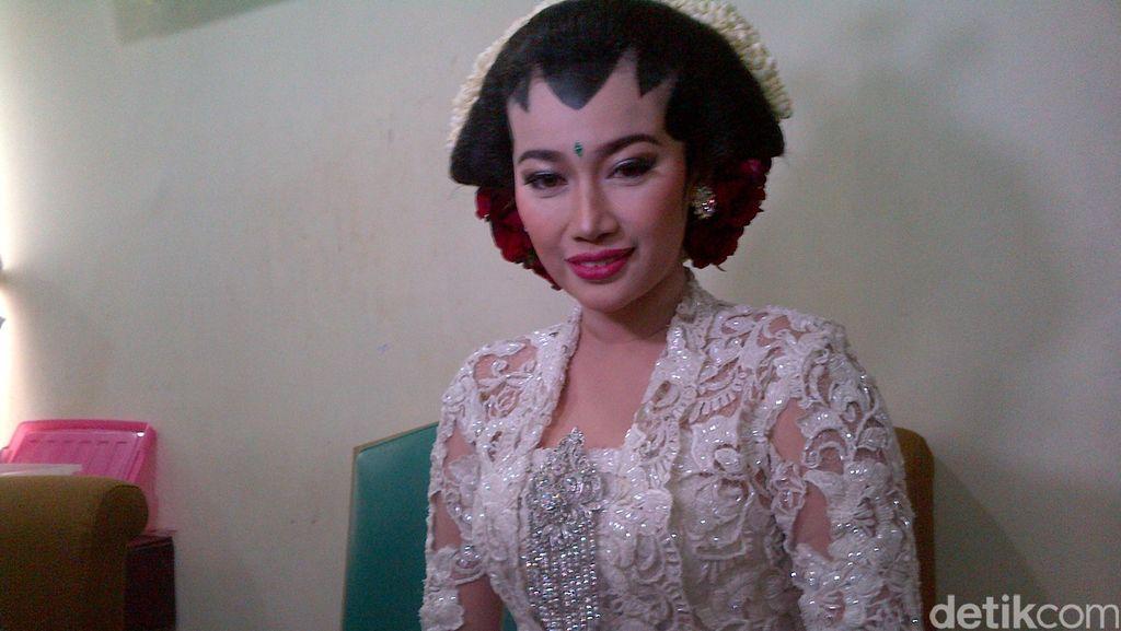 Lelah dengan Pria Bule, Ratu Felisha Adem Bersama Ari Pujianto