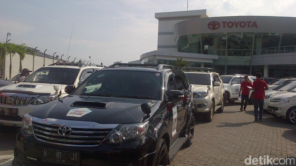 115 Mobil Toyota Berburu Harta Karun di Semarang