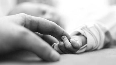 Cerita Bayi Prematur Berbobot 900 Gram dan Dirawat 135 Hari di NICU