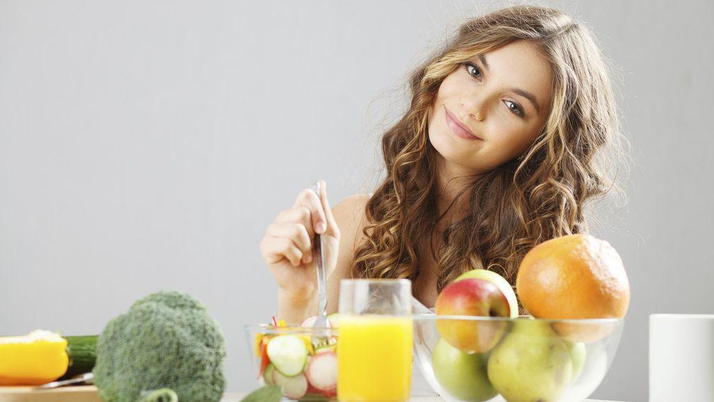 Ini Pentingnya Rajin Makan Sayur dan Buah Sejak Dini