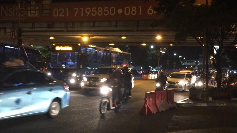 Penganiaya Polantas di Mampang Mengaku Aparat, Kesal Ditegur Tak Pakai Helm