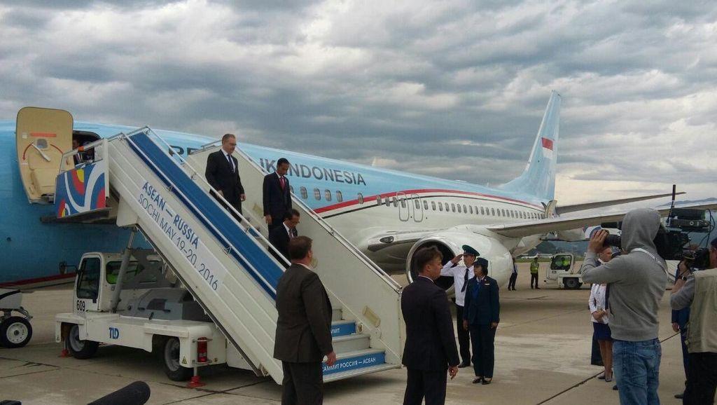 Hadiri Rusia-ASEAN Summit, Jokowi Kepala Negara Pertama yang Tiba di Sochi