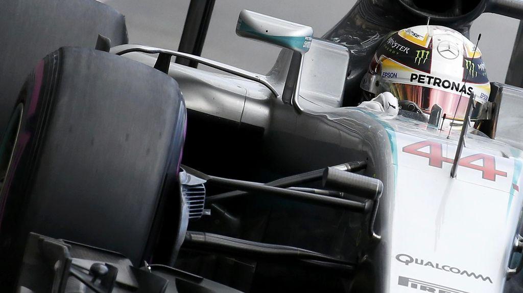 Lewis Hamilton Jadi yang Tercepat