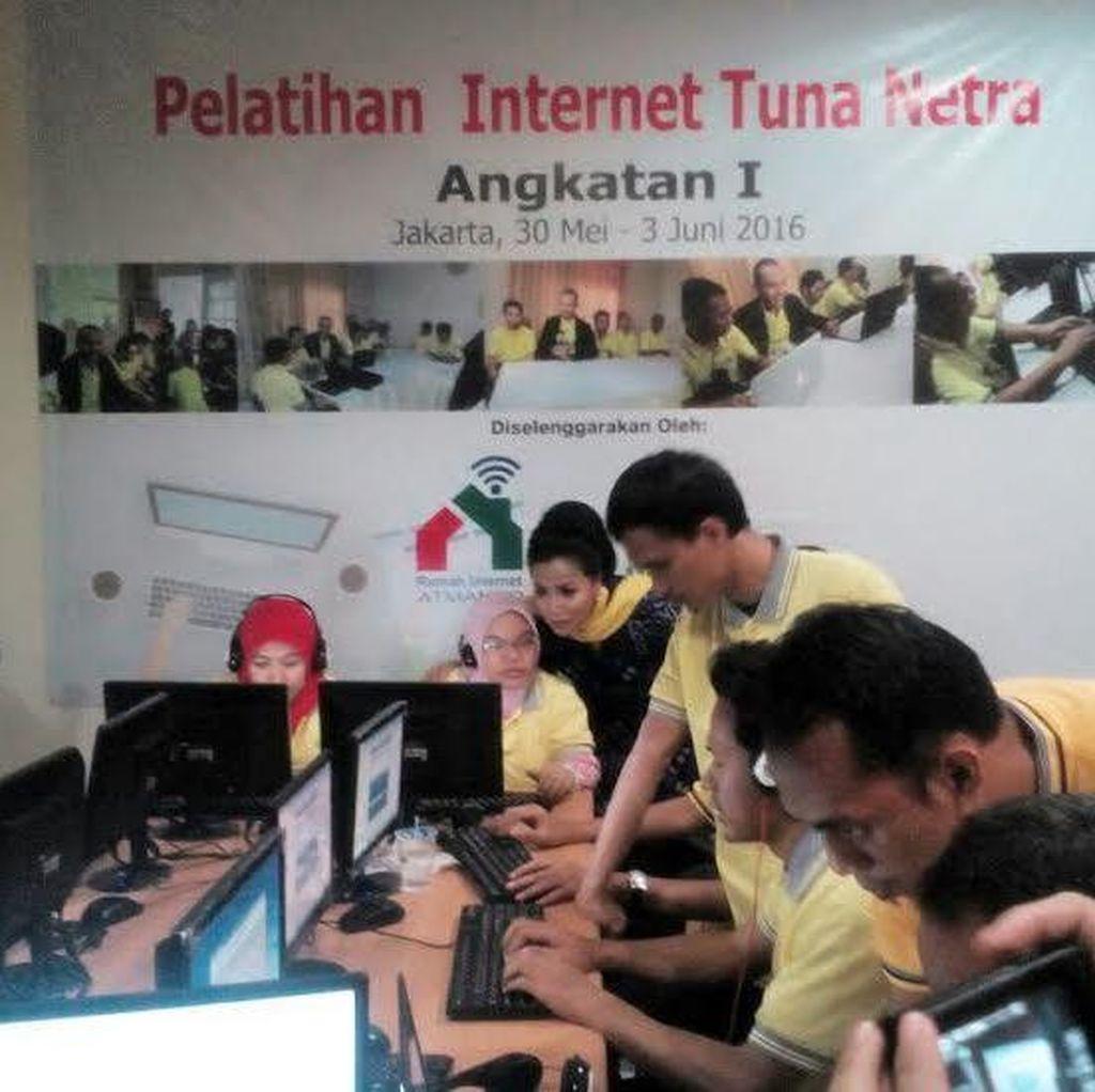 Keren! Ada Rumah Internet Bagi Penyandang Disabilitas
