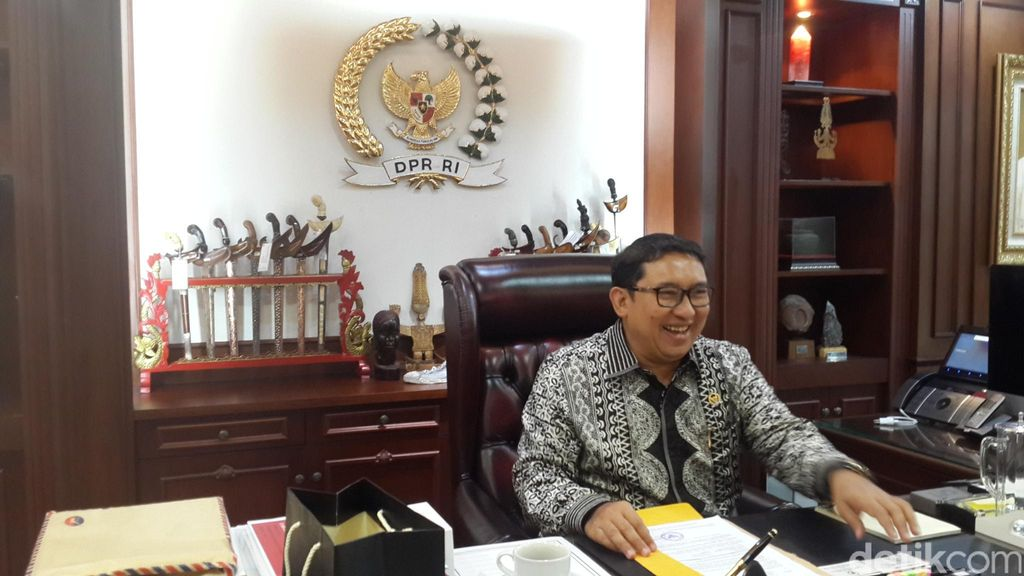 Soal Ahok Gate, Fadli Zon Akan Kirim Surat Aspirasi ke Jokowi