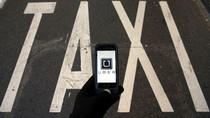 Penumpang Indonesia Paling Sering Tinggalkan 10 Benda Ini di Taksi Online