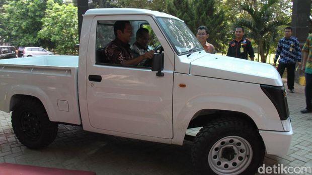 Mobil Desa Unnes