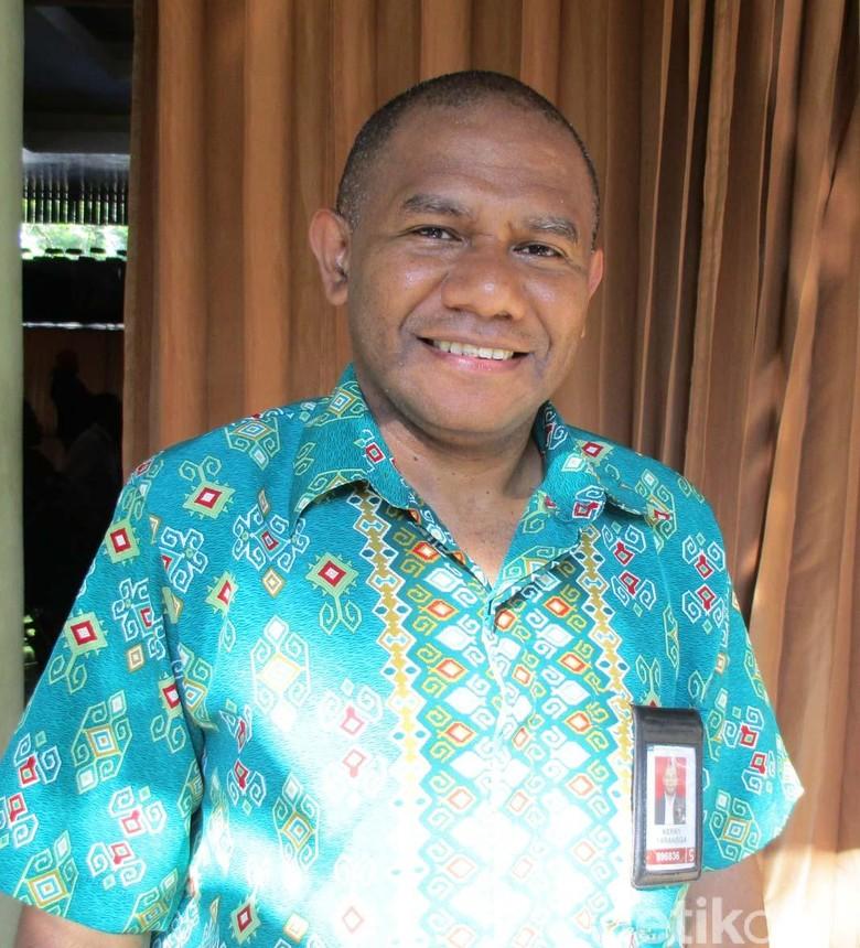 Kisah Kerry Yarangga, Bagikan Ribuan Kelambu untuk Cegah Malaria di Papua