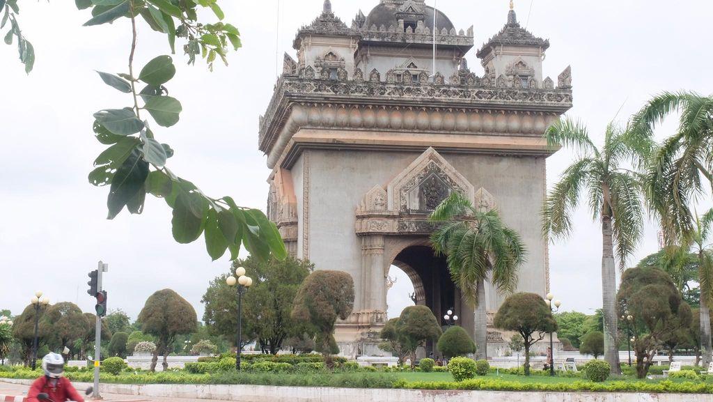 Tak Kalah dengan Prancis, Laos Juga Punya Arc de Triomphe