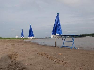 Di Laos Ada Sungai Tapi Punya Pantai