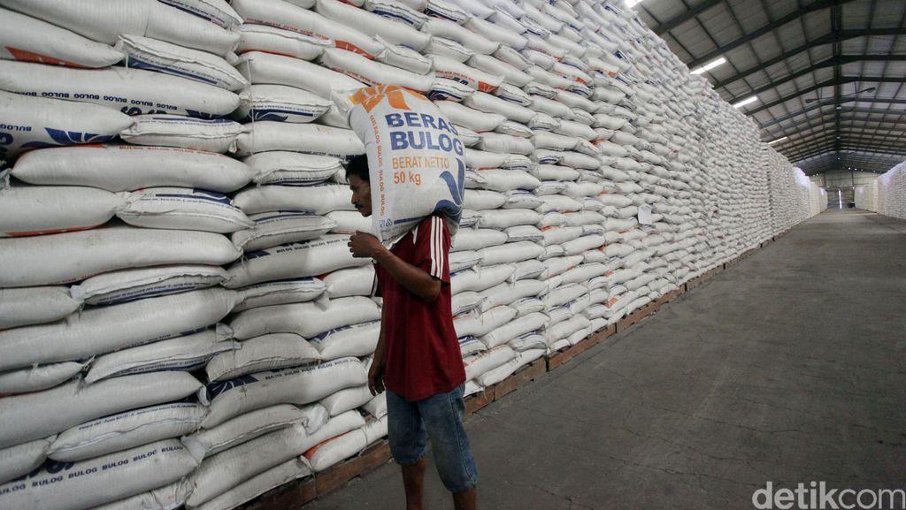 Jokowi Ingin Stok Beras Nasional 3 Juta Ton, Bisakah?