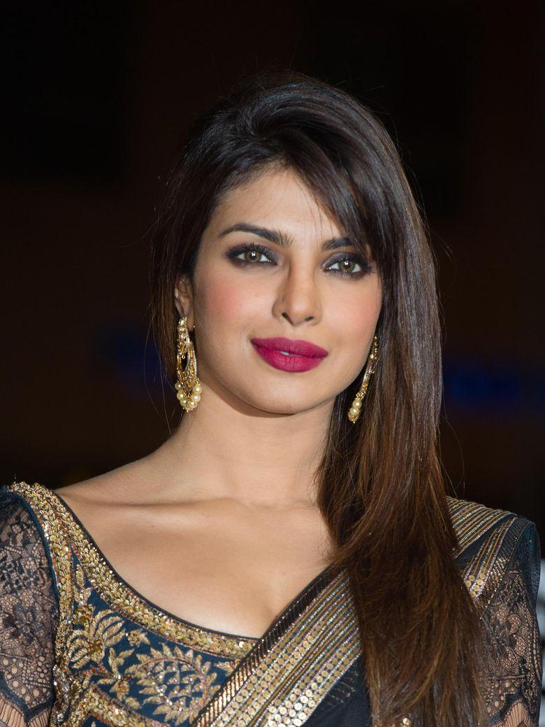 Bintang Bollywood Ucapkan Selamat Berpuasa