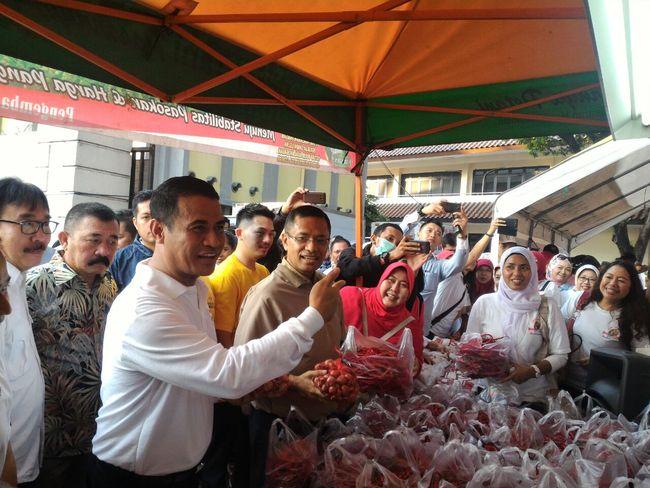 2 Menteri Jokowi Ini Kerja Sama Turunkan Harga Minyak Goreng
