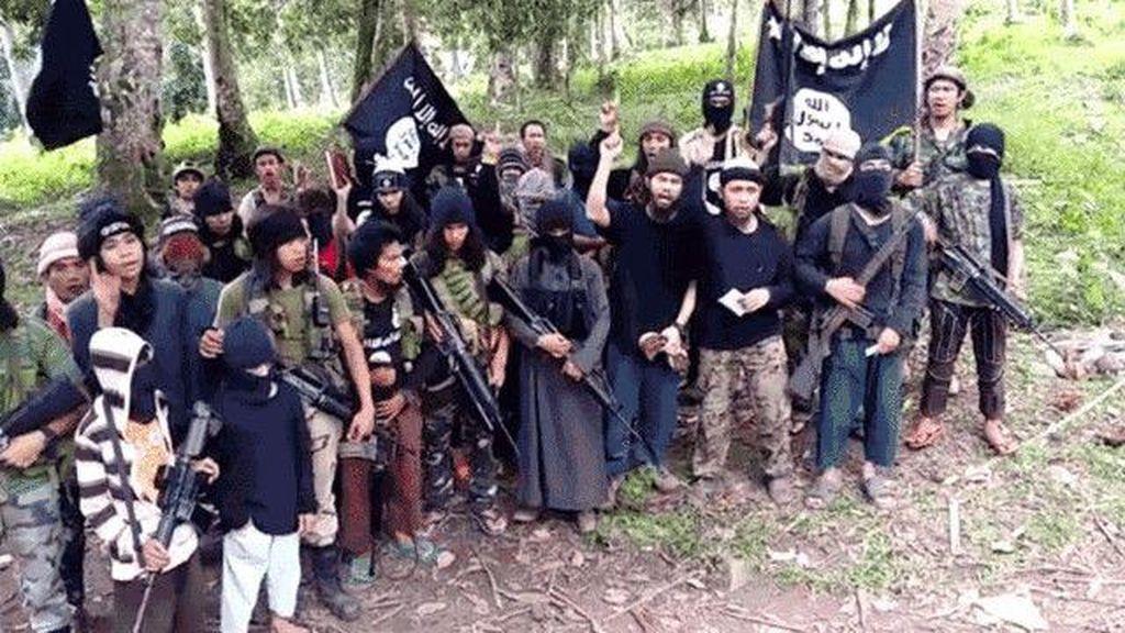 Baku Tembak Aparat Filipina-Kelompok Abu Sayyaf, 3 Orang Tewas