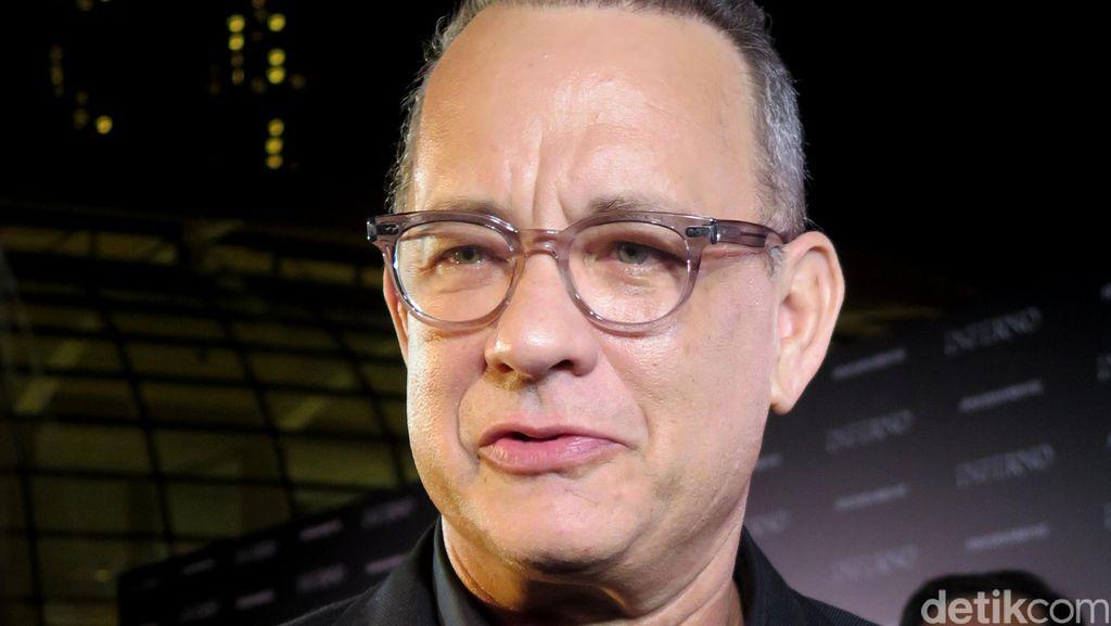 Tom Hanks akan Rilis Buku Kumcer Uncommon Type Oktober