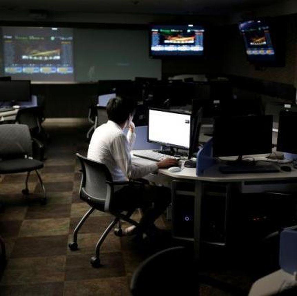 AS: Hacker Yahoo Dibekingi Intelijen Rusia