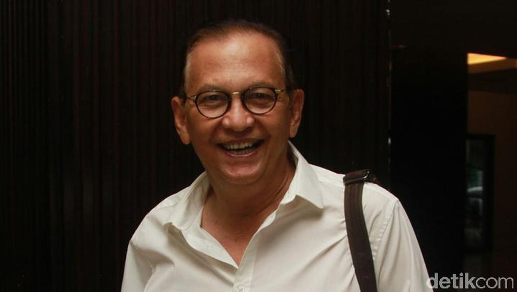 Ketemu Jokowi, Roy Marten Hingga Desta Curhat Soal Pajak