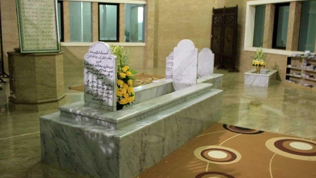 Ziarah ke Makam Habib Cikini, Sang Penyebar Islam di Batavia