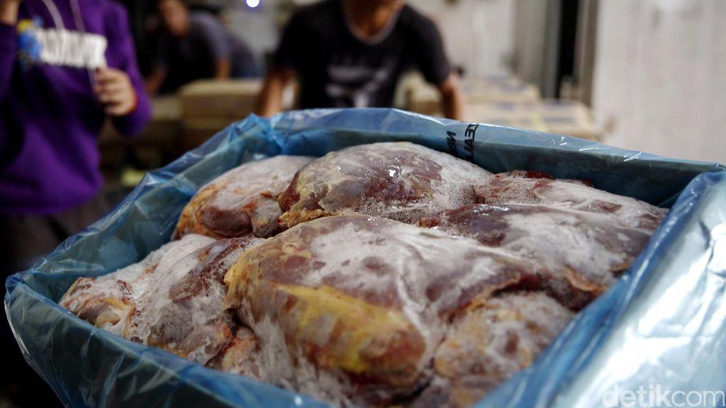 Sehari Jelang Ramadan, Harga Daging Beku Capai Rp 100.000/Kg
