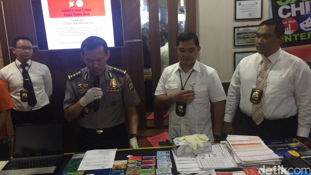 Polisi Tangkap Kawanan Pembobol Kartu Kredit, Korbannya Ribuan Nasabah