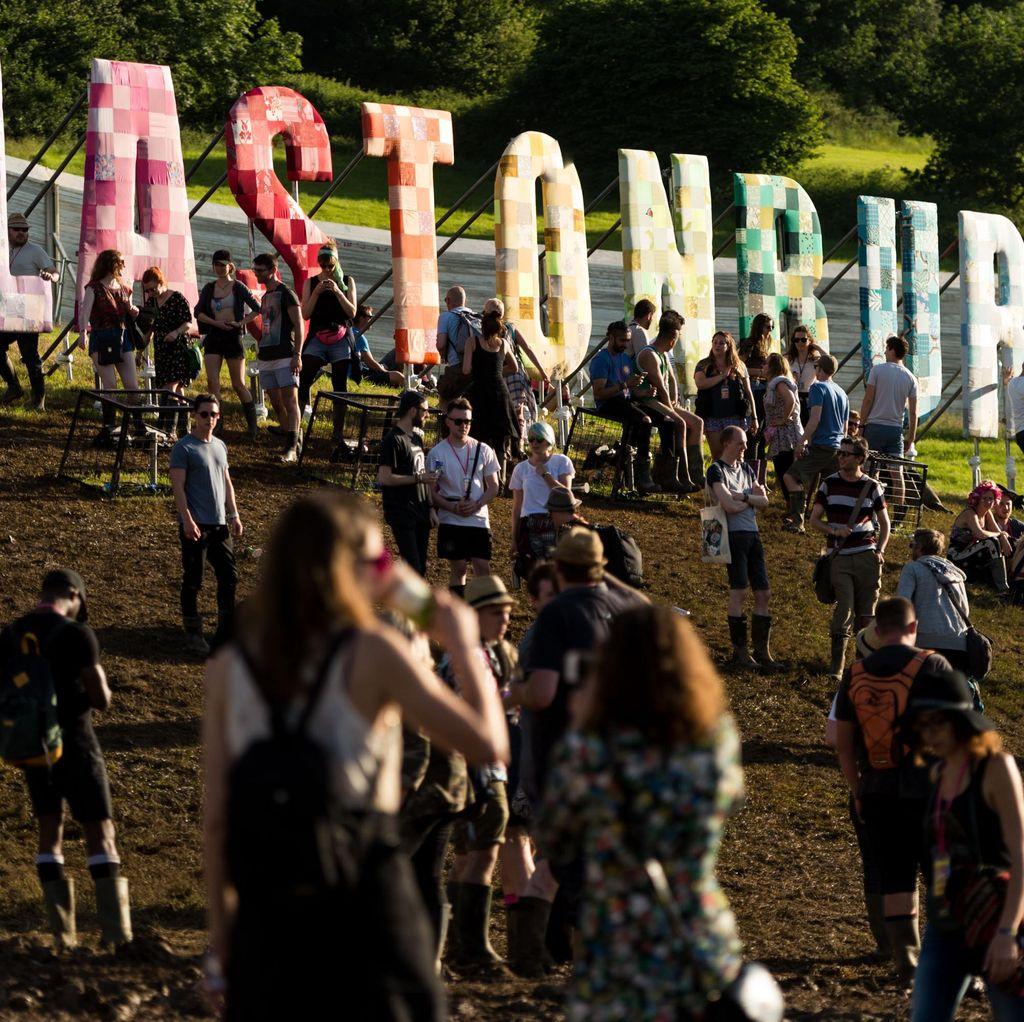 Kecewanya Netizen, Tiket Glastonbury Ludes Dalam 15 Menit