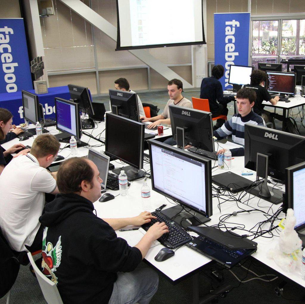 Membandingkan Gaji Timpang Karyawan Facebook