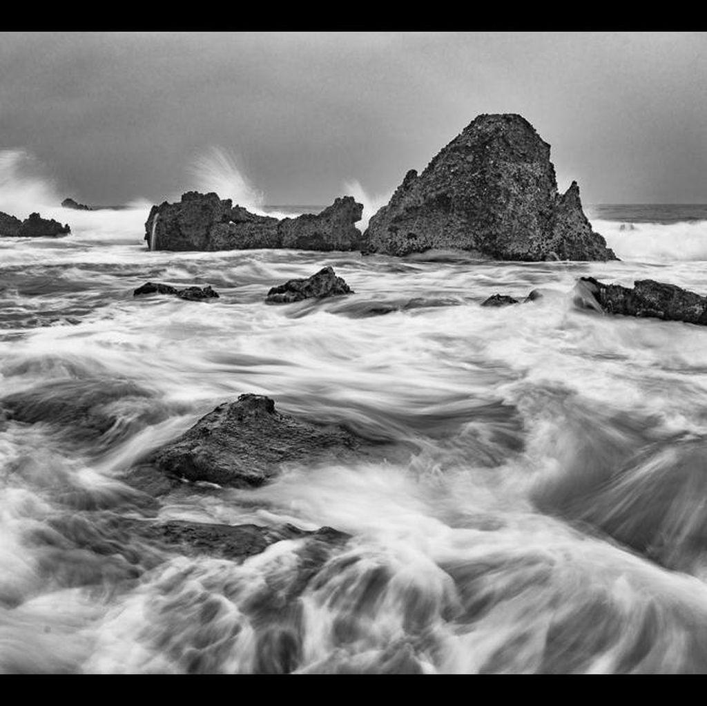 6 Kiat Menjepret Foto Waterscape yang Dramatis