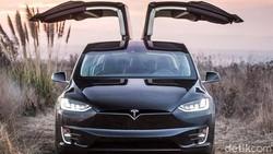 Berapa Harga SUV Listrik Tesla Model X di Indonesia?