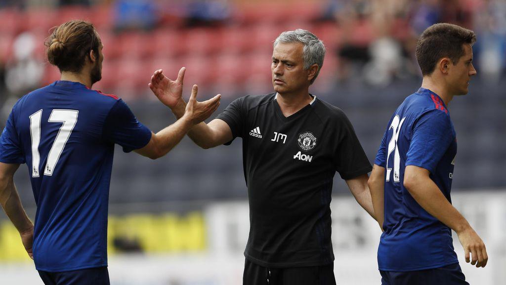 Mourinho Memulai dengan Kemenangan