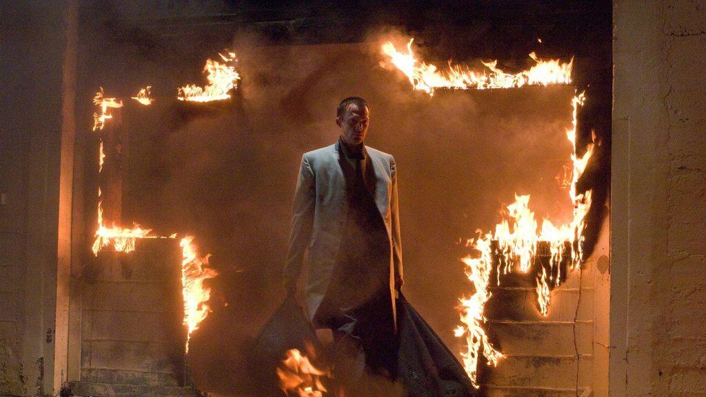 Menyaksikan Paul Bettany Jadi Malaikat di Bioskop Trans TV Malam Ini