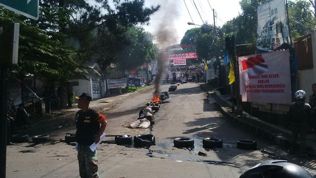 Ricuh Massa di Jayapura, Kapolres dan Ajudannya Terluka