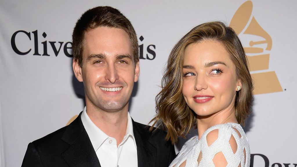 Miranda Kerr Resmi Menikah dengan Bos Snapchat