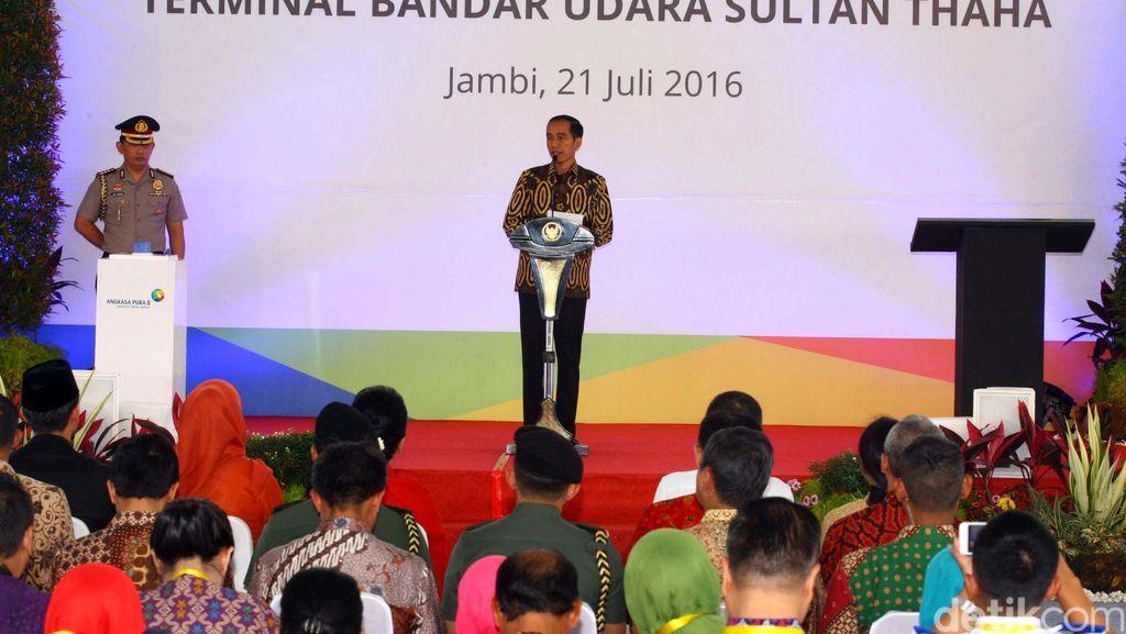 Jokowi Resmikan Bandara Sultan Thaha
