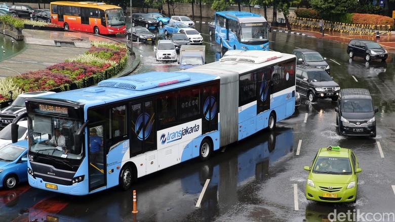 DKI Punya Gubernur Baru, Astra Harap Pesanan Bus Transjakarta Jalan Terus