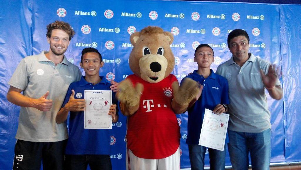Ini Dua Remaja Indonesia yang Akan Ikuti Pelatihan Sepakbola di Akademi Bayern Munich