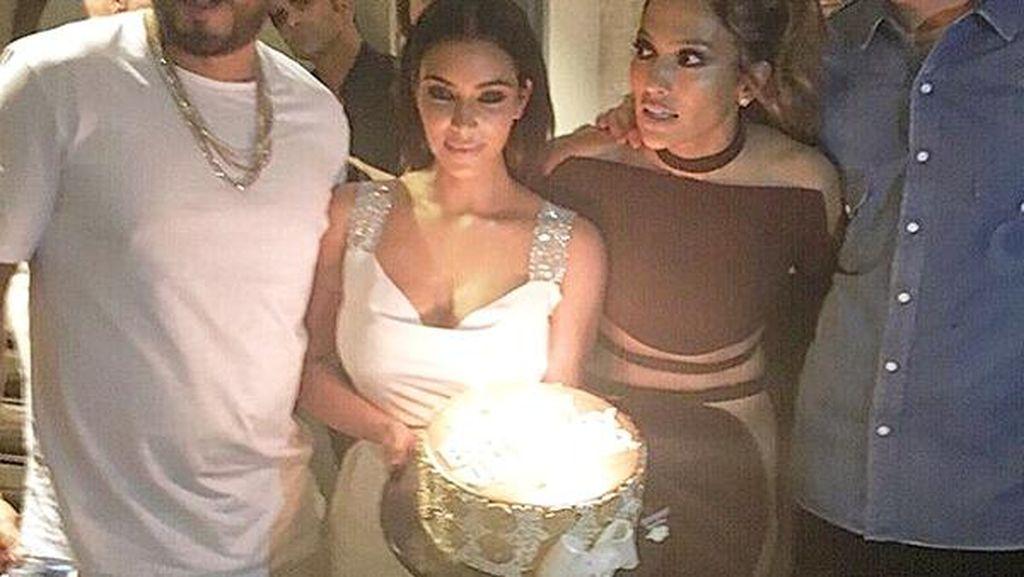 Meriahnya Pesta Ultah J-Lo yang Dihadiri Kim K Hingga Calvin Harris