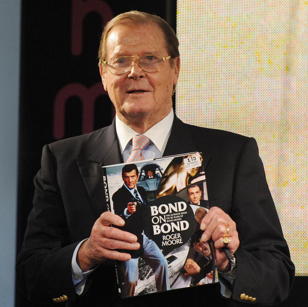 Agen 007 Berpulang, Roger Moore Meninggal di Usia 89 Tahun