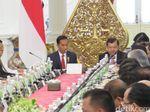 Jokowi Peringatkan Menteri soal Permen, Siapa Dituju?
