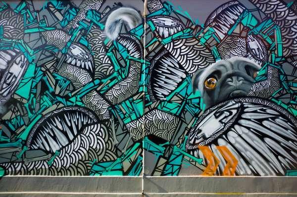 Viral di sosmed banksy muncul dengan mural 39 brexit 39 for Mural kalijodo