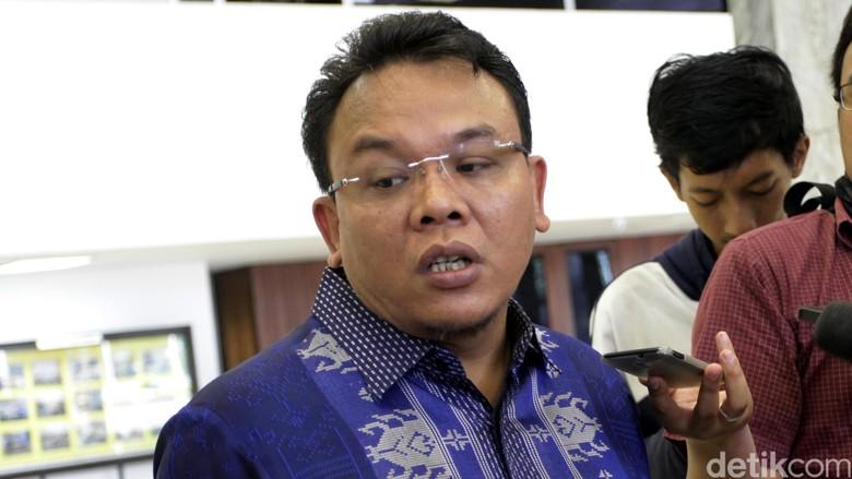 Pimpinan Komisi IX DPR: Perkawinan Teman Sekantor Tak Masalah