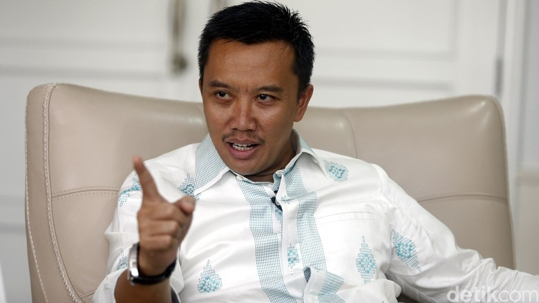 Menpora Resmi Luncurkan Gowes Pesona Nusantara